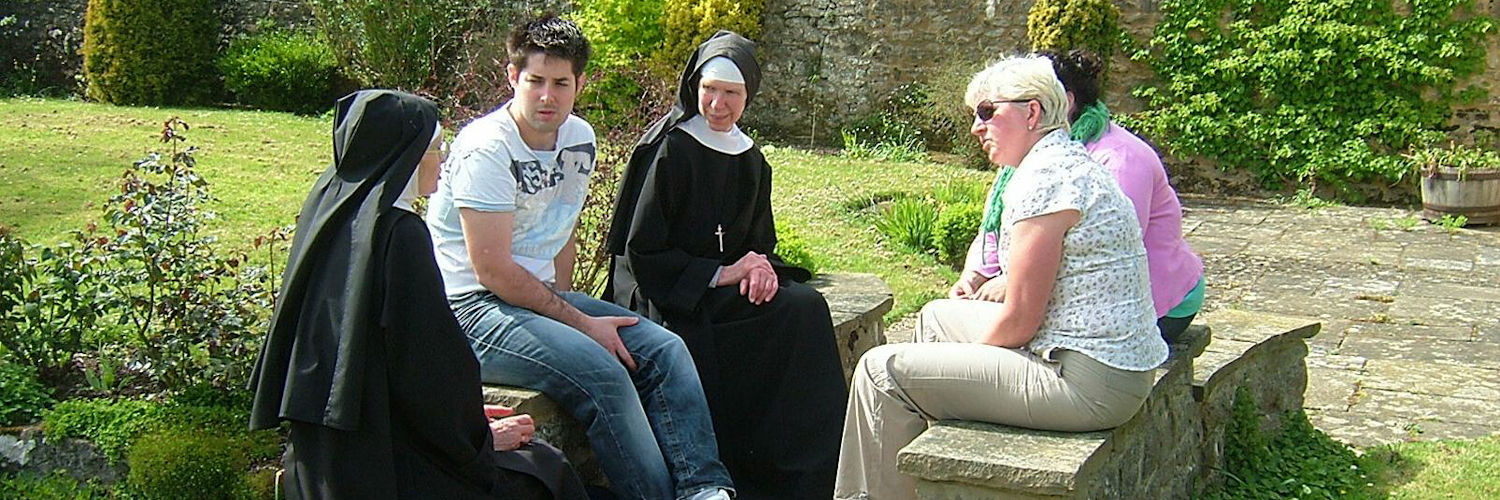 Malling nuns and guests