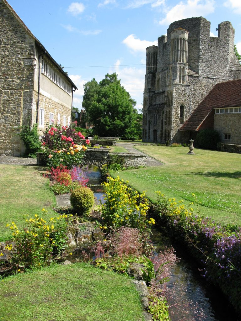 Malling Abbey grounds